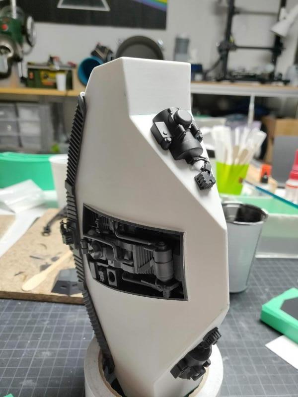 Scifimodels - WD-40 - Welding Droid  (18)