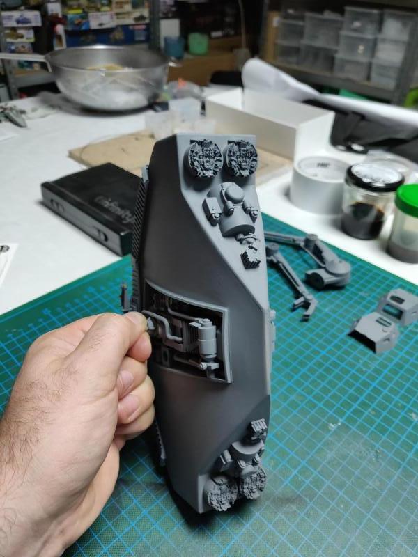 Scifimodels - WD-40 - Welding Droid  (20)
