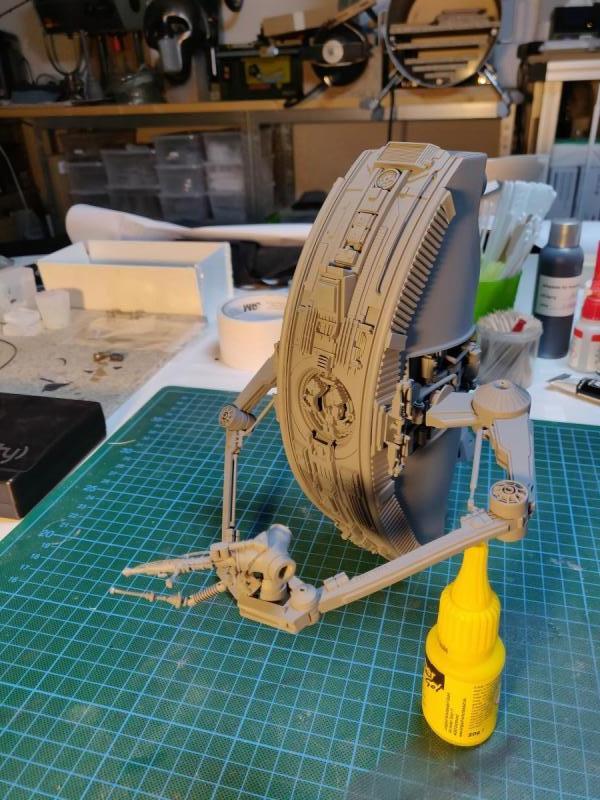 Scifimodels - WD-40 - Welding Droid  (21)